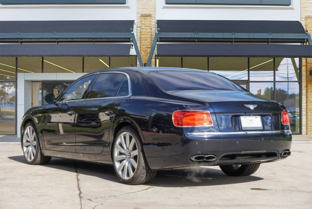 Pre-Owned 2016 Bentley Flying Spur V8